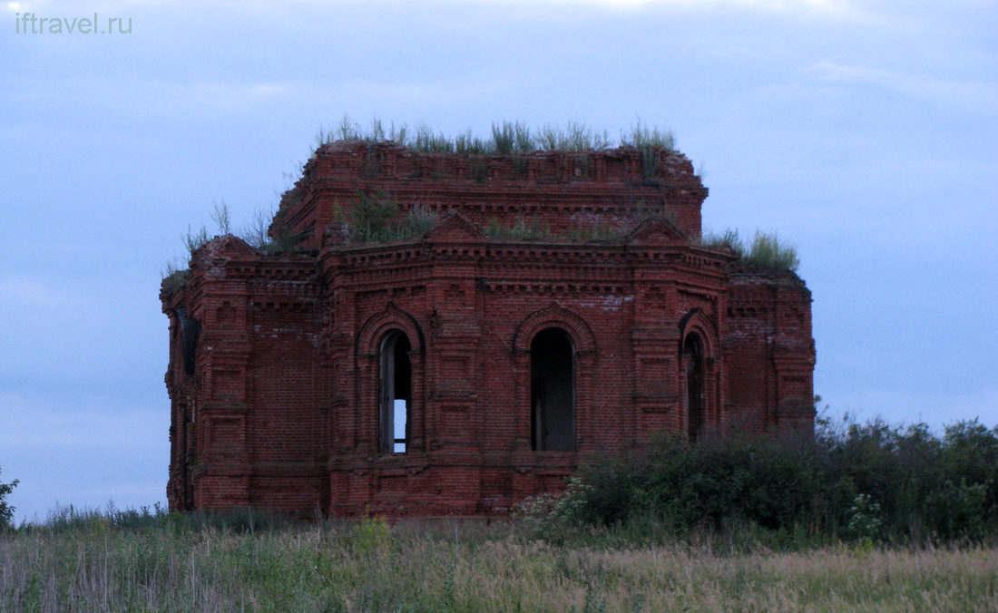 Церковь Спаса Преображения в Бабино