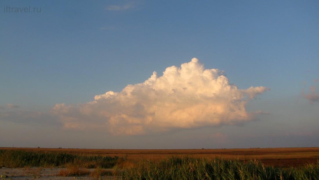 Бакальская коса: облако