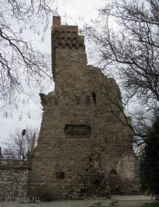 Феодосия, Башня Константина