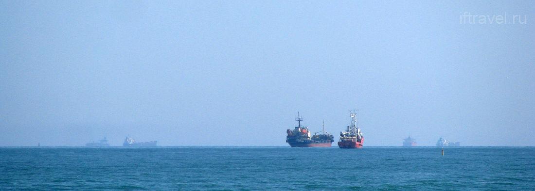 Корабли на рейде, Новороссийск