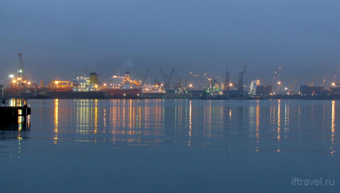 Новороссийская бухта, туман