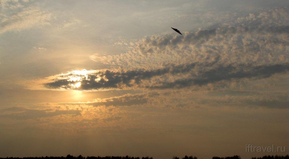 НЛО в небе!