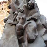 """""""Жертвам безвинным сердцам милосердным"""" памятник, Гюмри"""