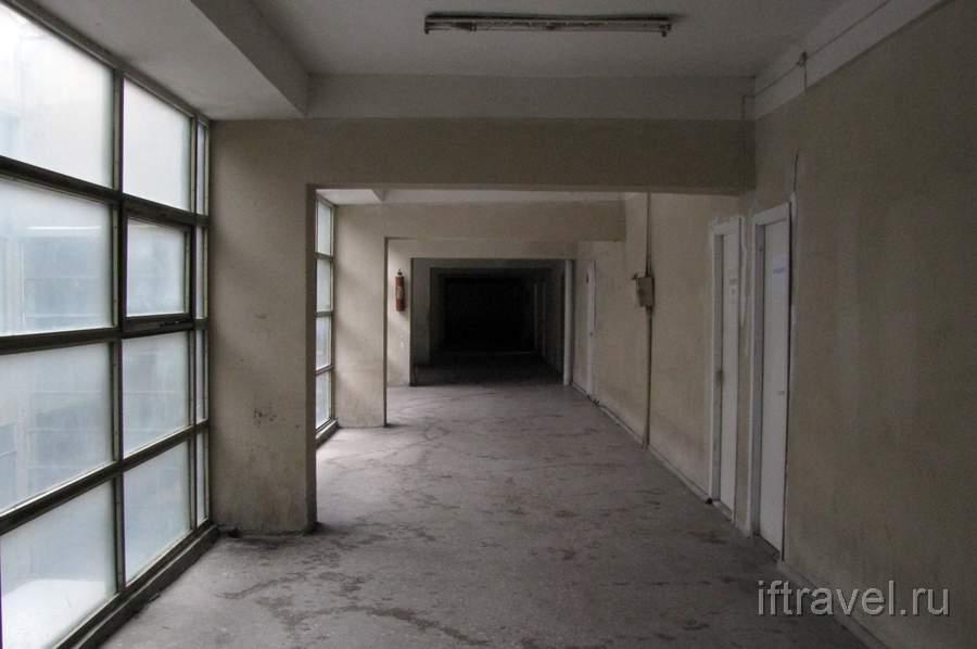 В коридорах автовокзала
