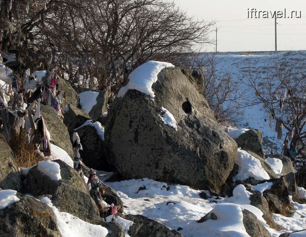 Тцак кар - камень желаний, общий вид