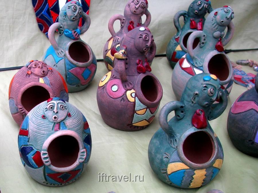 Аутентичные глиняные солонки (Ереван)