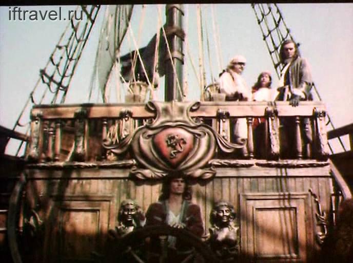 Кадр из фильма: на корабле