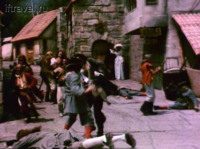 Кадр из фильма: схватка в городе