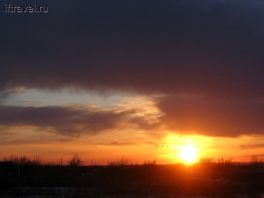 Закат в полях