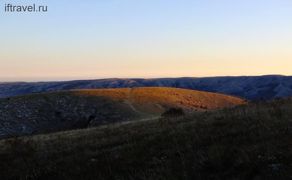 Чатыр-Даг: первые лучи солнца