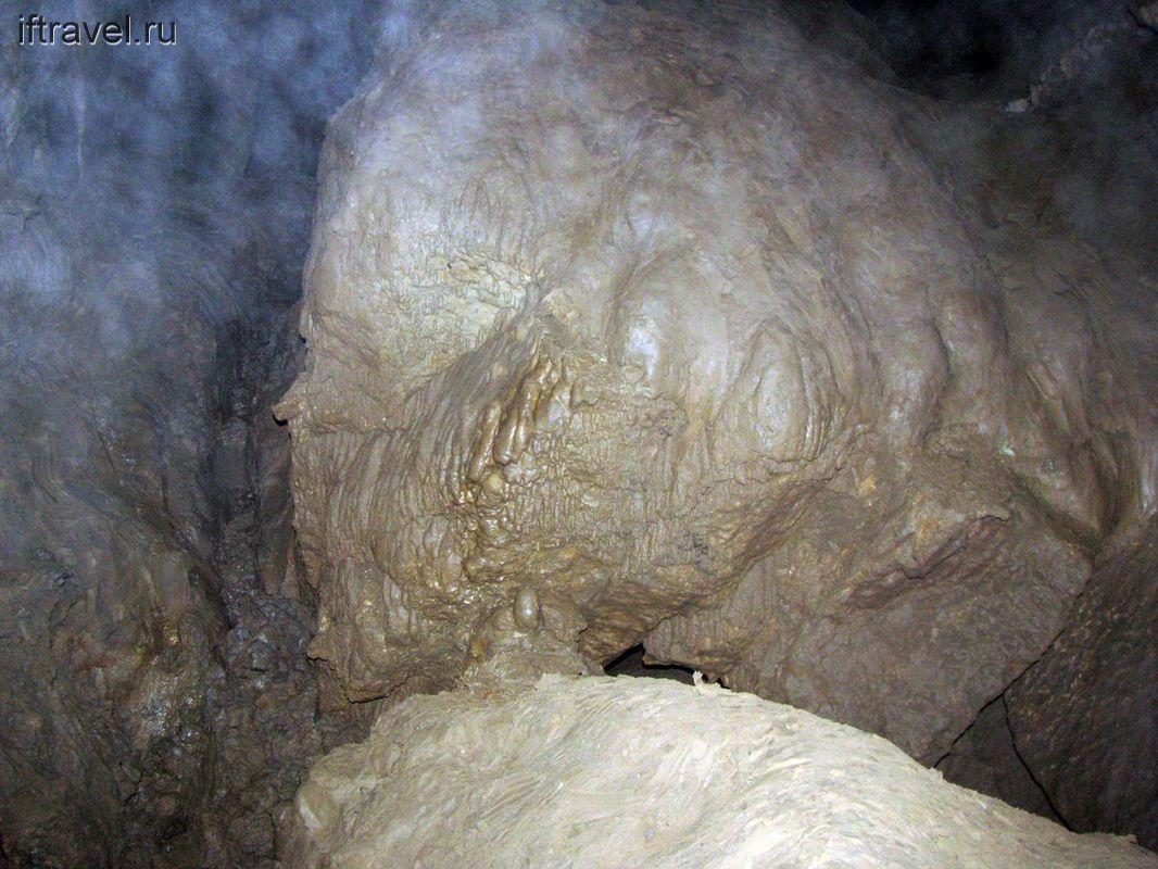 Где-то в Воронцовской пещере