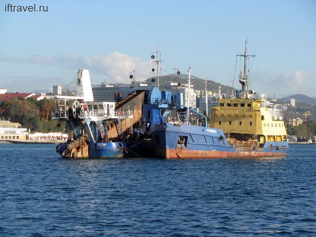 Монструозные корабли