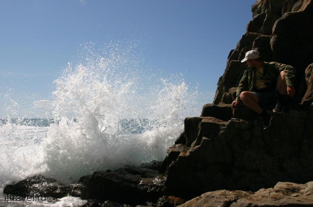 Киселева скала и волны