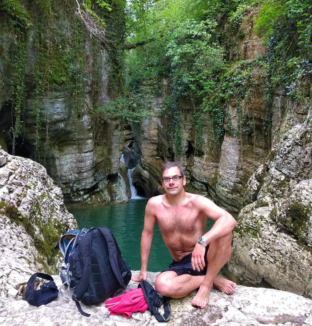 Агурское ущелье: гордый, но замерзший